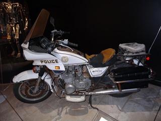 2018.01.07-005 moto de police originale