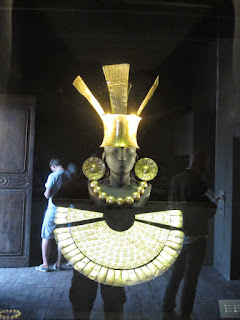 Pre-Inca gold burial outfit.    ©http://backpackthesierra.com