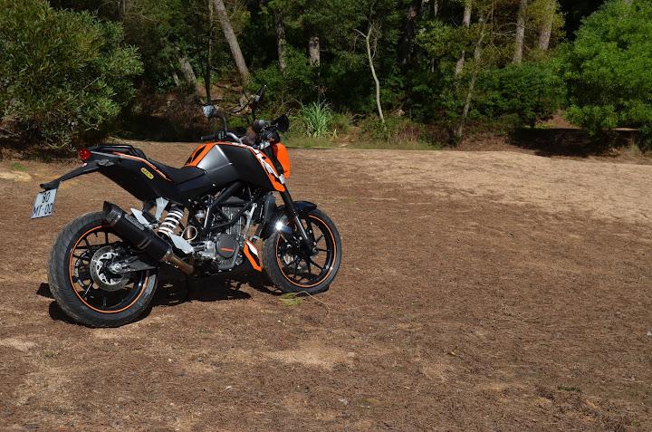 KTM DUKE 125 - Raphha DSC_0543