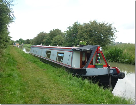 8 moored at shut bridge