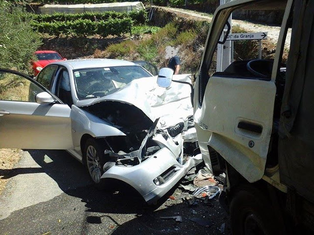 Colisão frontal na localidade de Figueira faz dois feridos