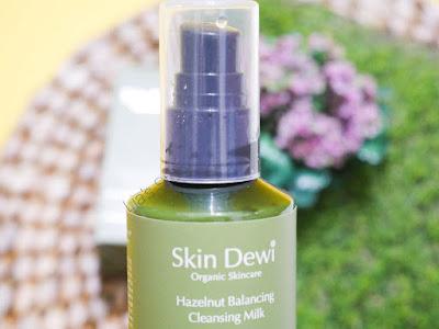 skin-dewi-hazelnut-balancing-cleansing-milk