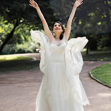 Wedding photographer Nika Nikonenko (NIKA444). Photo of 11.11.2016