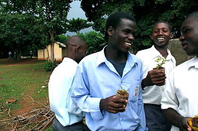 Ugandan scholars planting trees