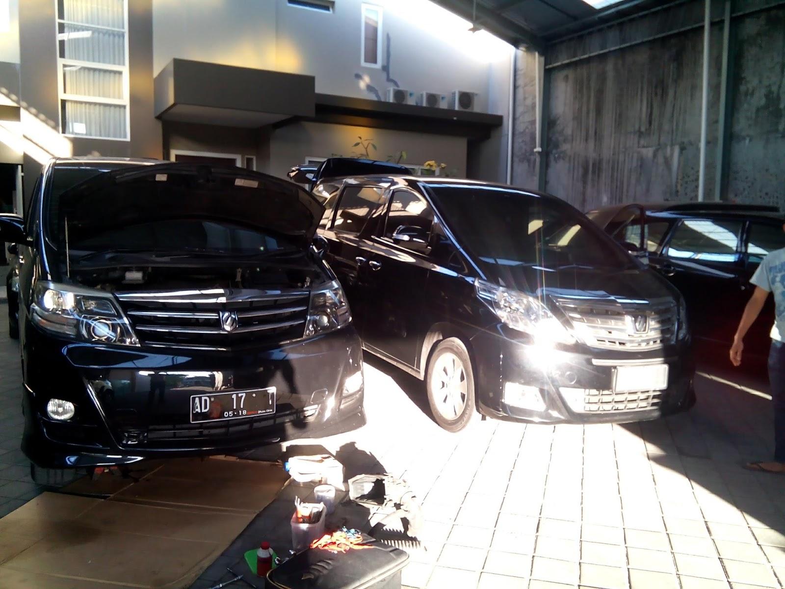 Gambar Bengkel Mobil Mewah Modifikasi Mobil