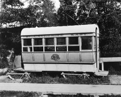 ht1_1861_1-861-005_tramway_traineau_avant_1892