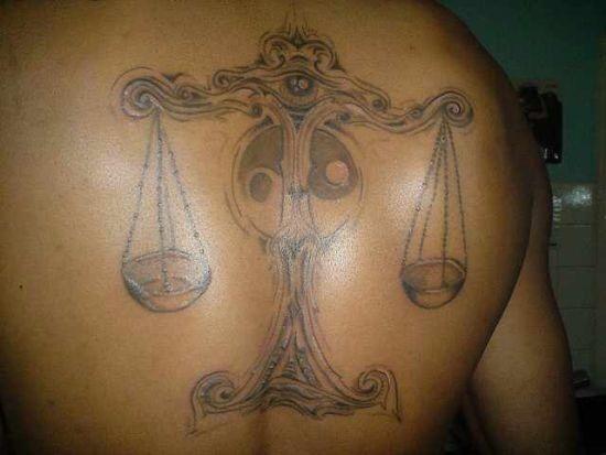 legal_libra_desenho_de_tatuagem_com_escalas