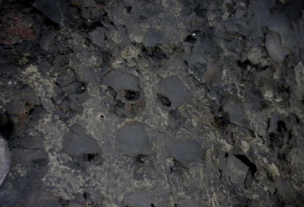 Torre de crânios humanos descoberta no México 05