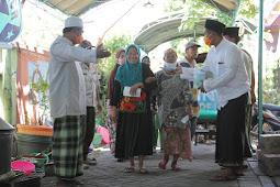Milad ke-20, DMCR Berikan Santunan pada Kaum Dhuafa dan Anak Yatim