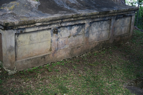 Family Grave Inscription 3