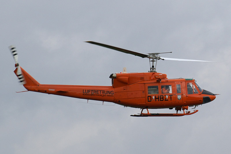 Huey Helicopter For Sale >> Helicopter Pictures: Bell 212 Helicopters
