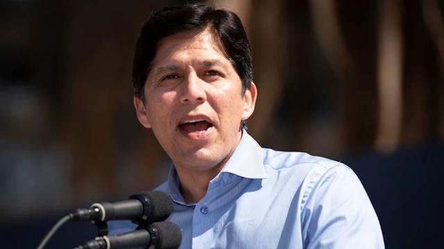 L.A. Democratic City Councilman Faces Backlash Over Botched Pledge Of Allegiance