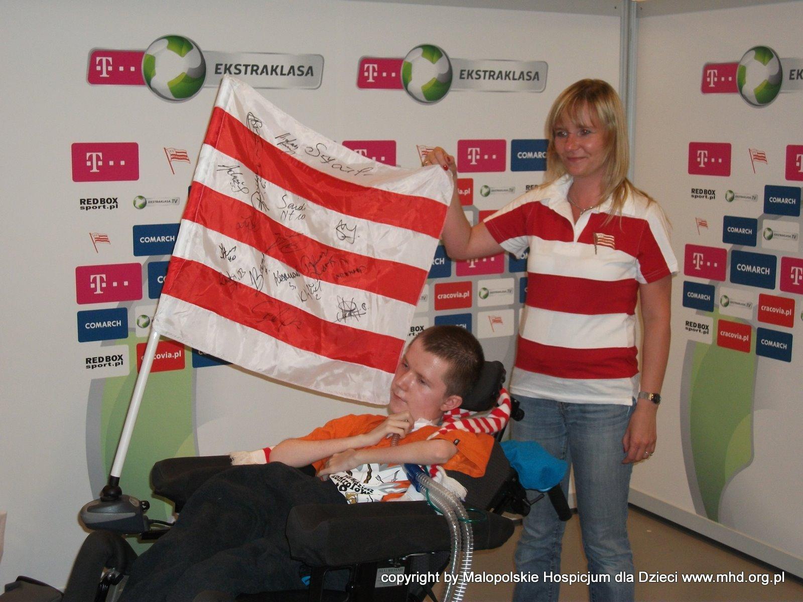 Mietek był gościem specjalnym meczu Cracovii, na jej krakowskim stadionie. Mimo, że ukochana drużyna przegrała z Legią 3;1 atmosfera meczu pozostanie niezapomniana!