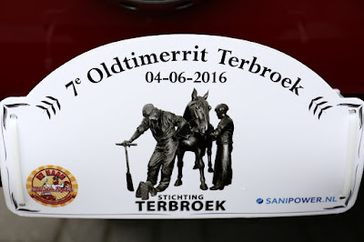 Terbroek Oldtimerrit vertrek bij Garage Florijn    4--6--2016