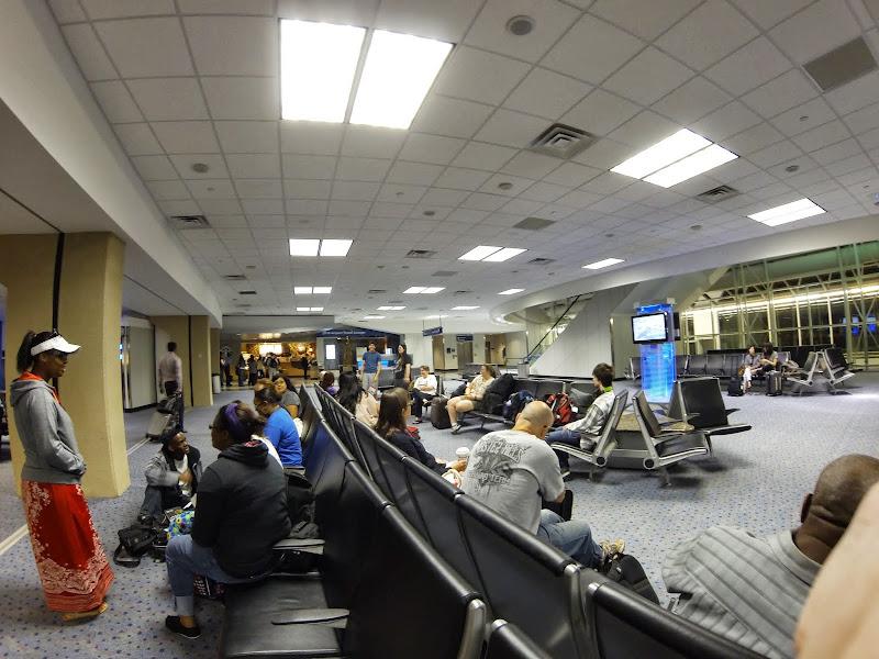 06-17-13 Travel to Oahu - GOPR2425.JPG
