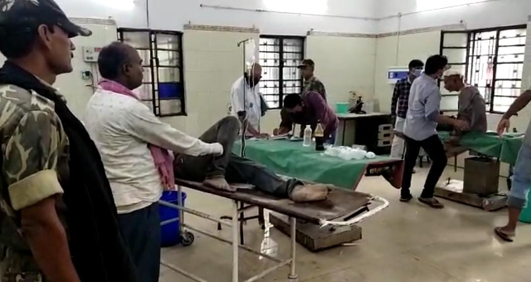 समस्तीपुर में उप मुखिया ने ग्रामीण को गोली मारकर हत्या कर दिया उसके बाद आक्रोशित ग्रामीण ने घर पे किया हमला 3 की मौत।
