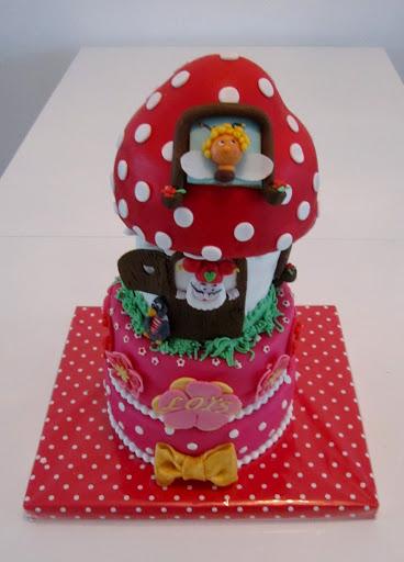 766- Kabouter Plop huisje taart.JPG