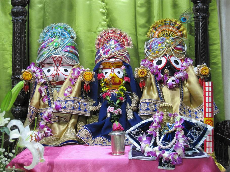 ISKCON New Gaya, Japan Deity Darshan 22 Jan 2016 (1)