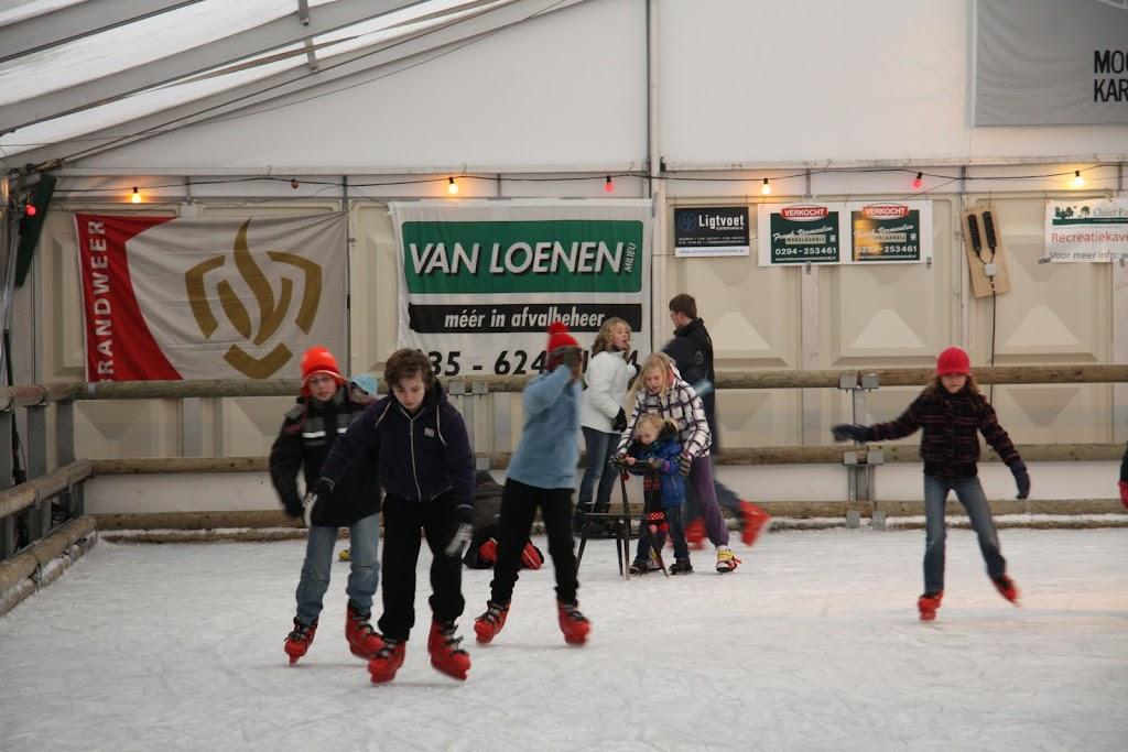 Sinterklaas bij de schaatsbaan - IMG_0354.JPG