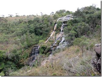 cachoeira-veu-da-noiva-vista-de-cima-carrancas