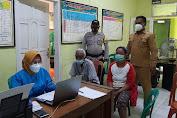 Peringati HUT Bhayangkara Ke-75 Polsek Pamanukan Bekerjasama Dengan Pusmesmas Batangsari, Gelar Vaksinasi di GOR Desa
