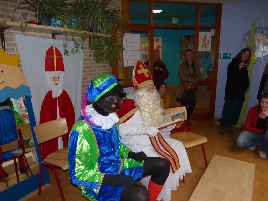 Sinterklaas op bezoek - P1060489.JPG
