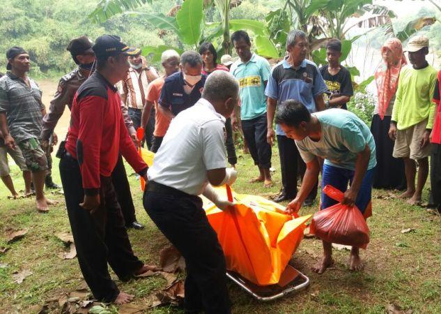 Terseret arus sungai madiun, Warga Ponorogo ditemukan di Ngawi