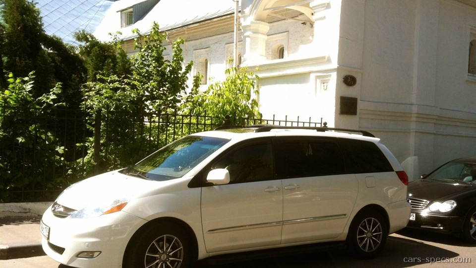 2004 toyota sienna minivan specifications pictures prices. Black Bedroom Furniture Sets. Home Design Ideas
