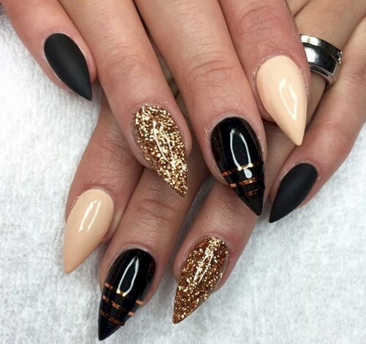 MODERN AND NICE NAIL ART DESIGNS FOR 2017