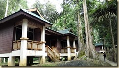 Chalet sungai sedim outside view