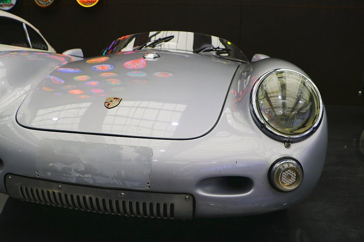 1953 Porsche 550 Spyder Recreation (01).jpg