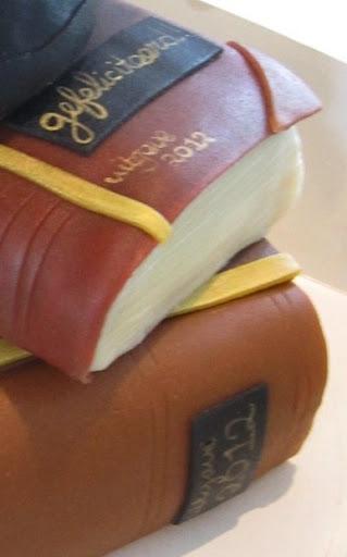 935-Boeken taart.JPG