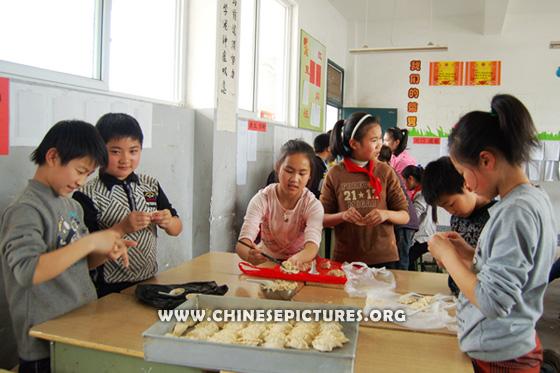 Chinese Kids and Dumplings Photo 1
