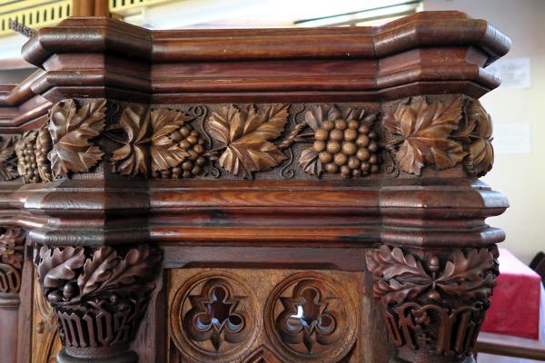 SJC Pulpit Detail