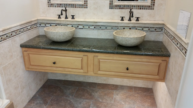 Bathrooms - 20150825_114344.jpg
