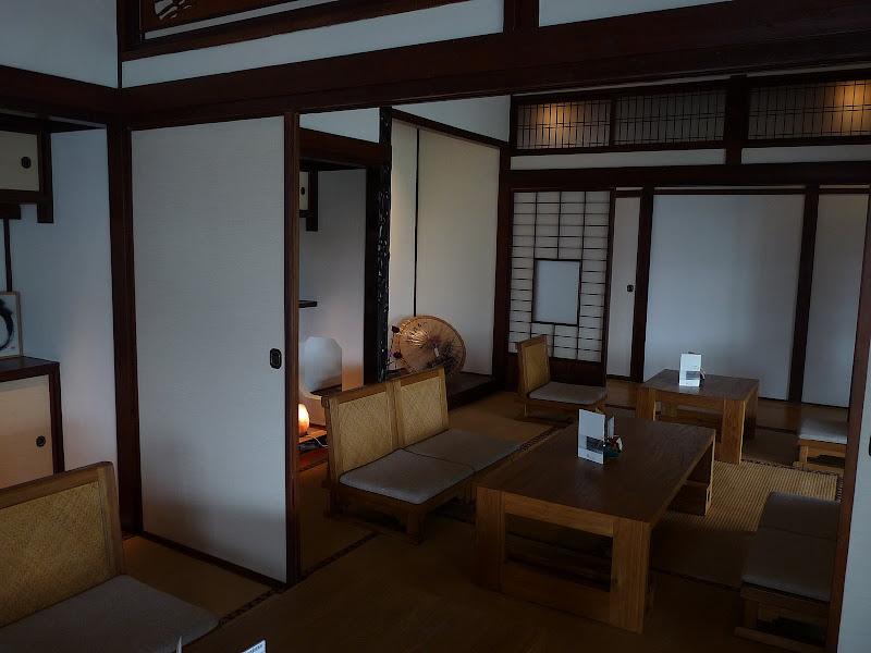 TAIWAN.Taipei .Maison japonaise vers Beitou et Musée National de Taipei à côté du Peace park - P1060312.JPG