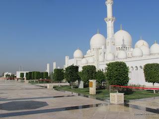 0100Sheik Zayfed Mosque