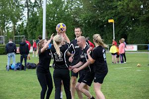 Stratenkorfbal Toernooi Volwassenen prijsuitreiking 19--5--2017