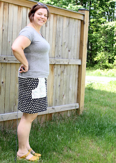 Jungle Ave. Skyline Skirt || Fabic by Sew Sweetness, design by Made with Moxie