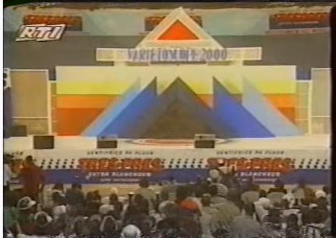 Je me souviens '2000: Le duel Nassa contre Walé Wako connaît son épilogue et Variétoscope fait ses adieux au palais des sports.