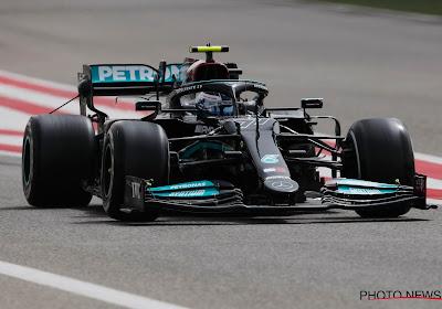 Mercedes reageert in snelle namiddagsessie op tweede dag, Pérez haalt in Red Bull bijna 140 ronden