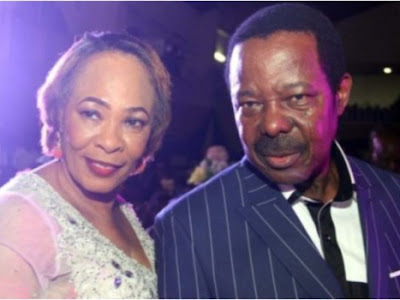 [NEWS] KING SUNNY ADE LOSES WIFE RISIKAT AJOKE  ADEGEYE, TO THE COLD HANDS OF DEATH