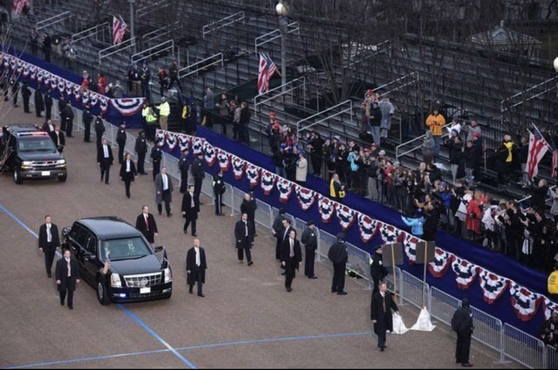Near emtpy reviewing stands for Donal Trump's inaugural parade