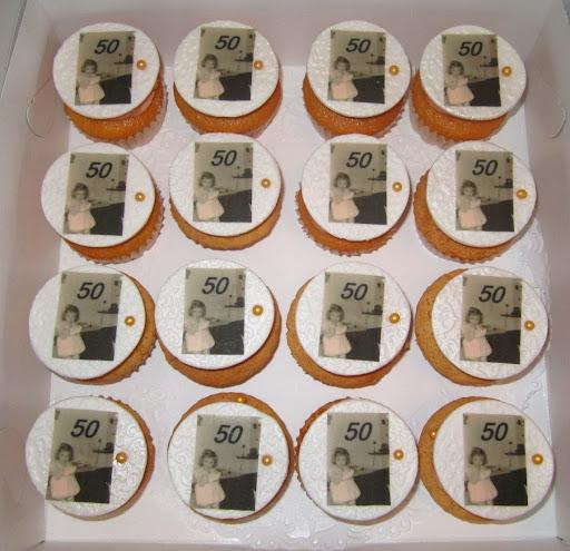 Sarah Cupcakes.JPG
