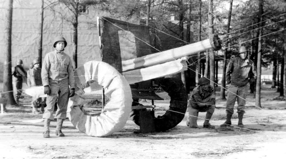 O exército fantasma da Segunda Guerra Mundial