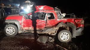 Choque de camionetas deja 10 personas heridas en San Cristóbal