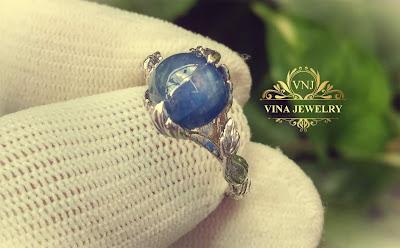 Nhẫn nữ đá Sapphire thiên nhiên xanh hoàng gia