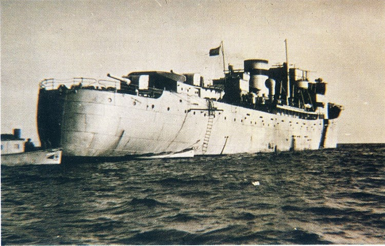 Otra vista del MAR CANTABRICO como crucero auxiliar. De la enciclopedia Historia de España. Editorial Planeta.JPG