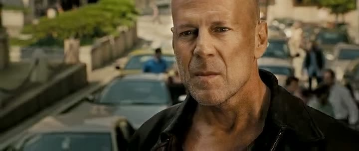 Screen Shot Of Hollywood Movie Live Free or Die Hard (2007) In Hindi English Full Movie Free Download And Watch Online at Alldownloads4u.Com