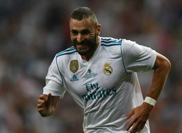 Benzema signs Real Madrid contract extension